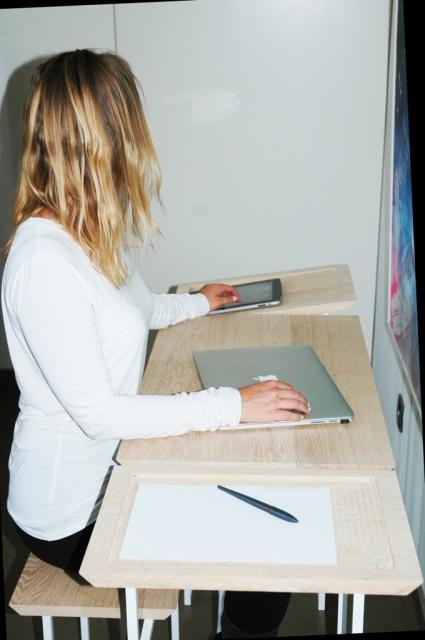 Doma Desk 6